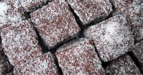 Easy Lamingtons